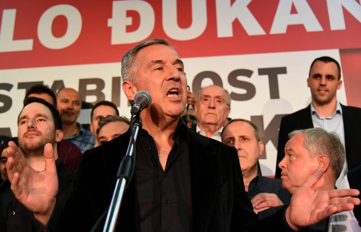 El escrutinio del 97,23 % de votos confirma la victoria de Djukanovic