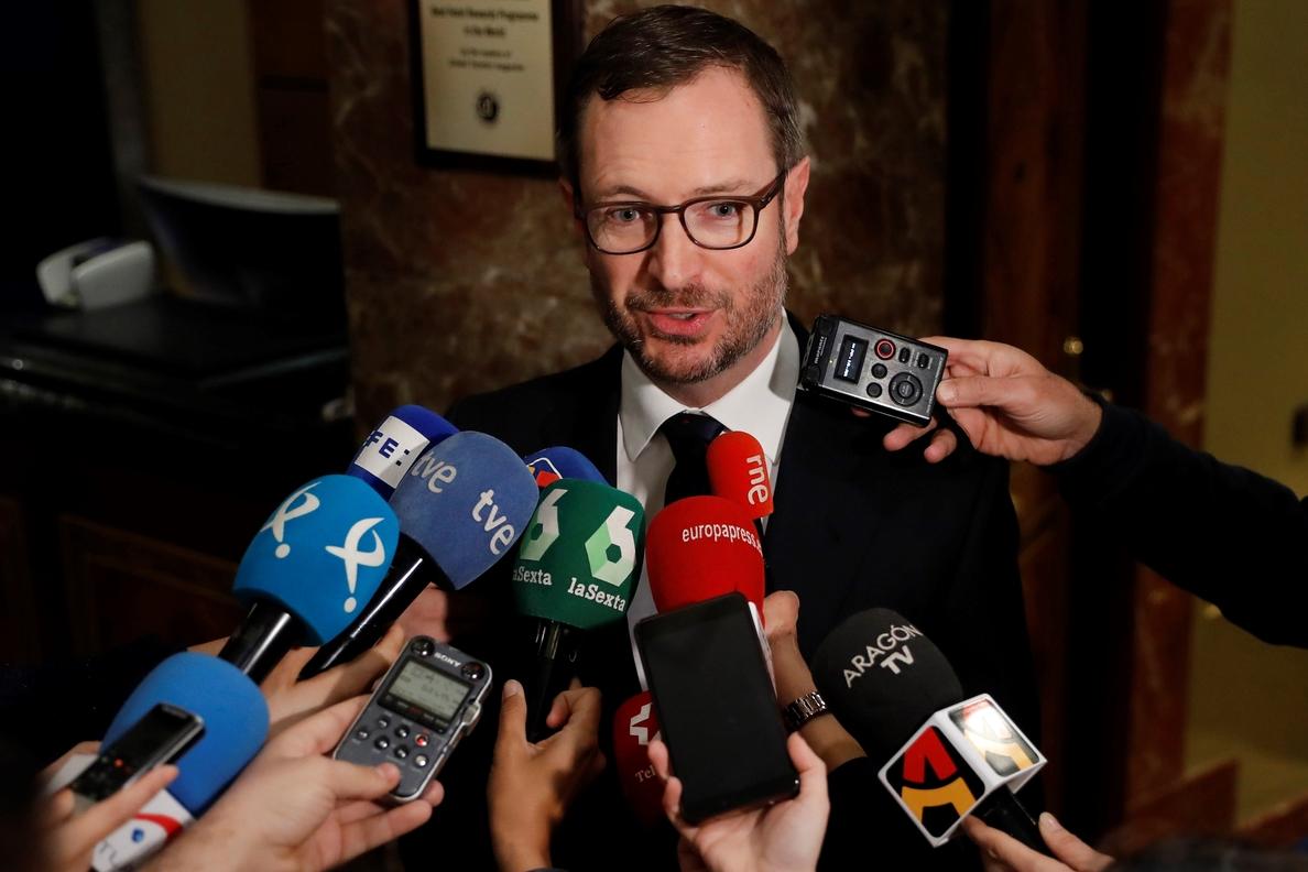 Maroto cree que la renuncia al máster de Cristina Cifuentes es «un acierto»