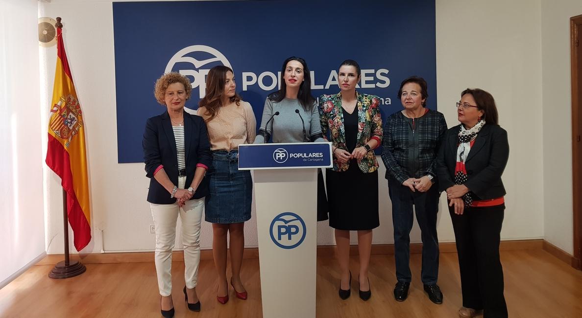 PP exige el acta de concejal a exalcalde de Cartagena por llamar «peluca rubia con labios pintados» a una consejera