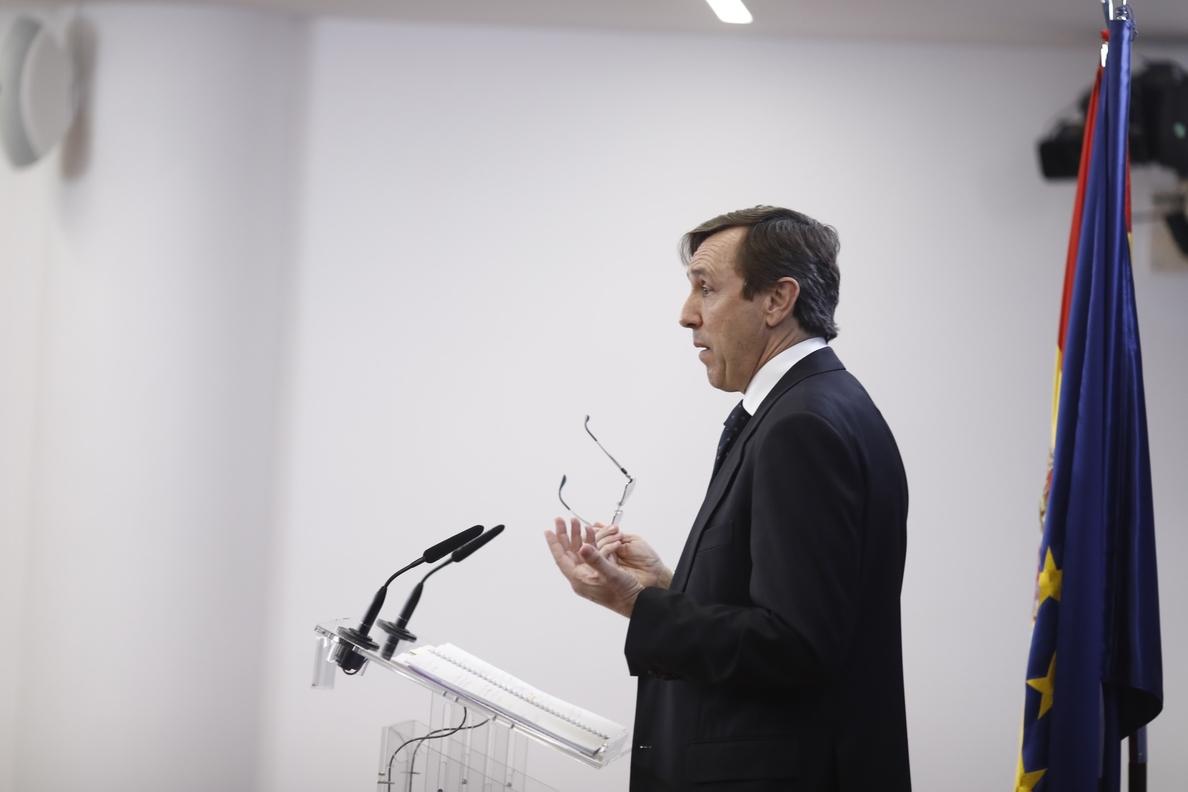 El PP exige a Torrent que pida a Puigdemont que dimita y se entregue a la justicia para responder de sus «fechorías»