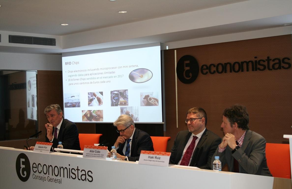 El Colegio de Economistas afirma que el «duro» régimen de protección de datos frena la evolución comercial