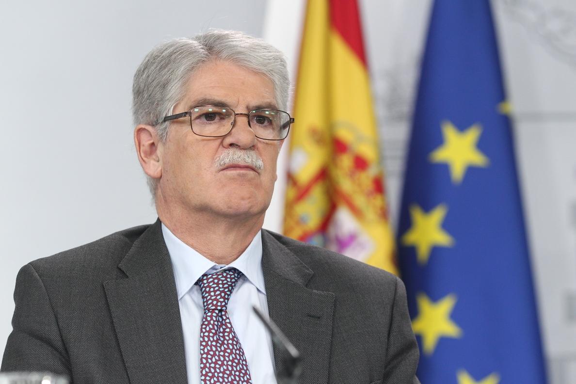 El Gobierno decidirá este viernes las medidas a adoptar tras el acto de Puig en la sede de la Generalitat en Bruselas