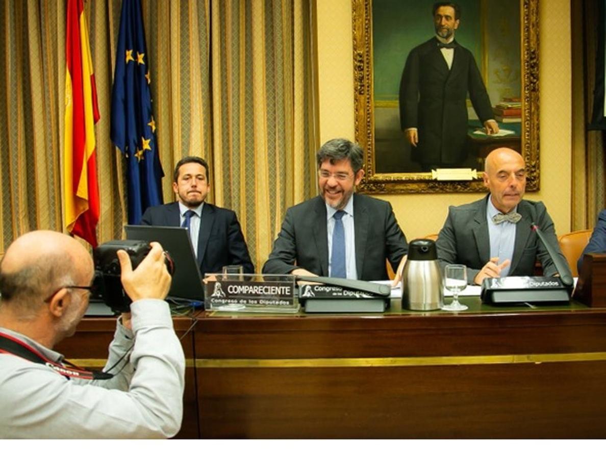 Hacienda justifica la baja inversión en I+D+i en que las empresas españolas «no investigan al nivel de otras»