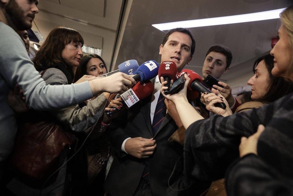 Rivera confirma que ha ofrecido a Manuel Valls encabezar la lista de Ciudadanos para el Ayuntamiento de Barcelona