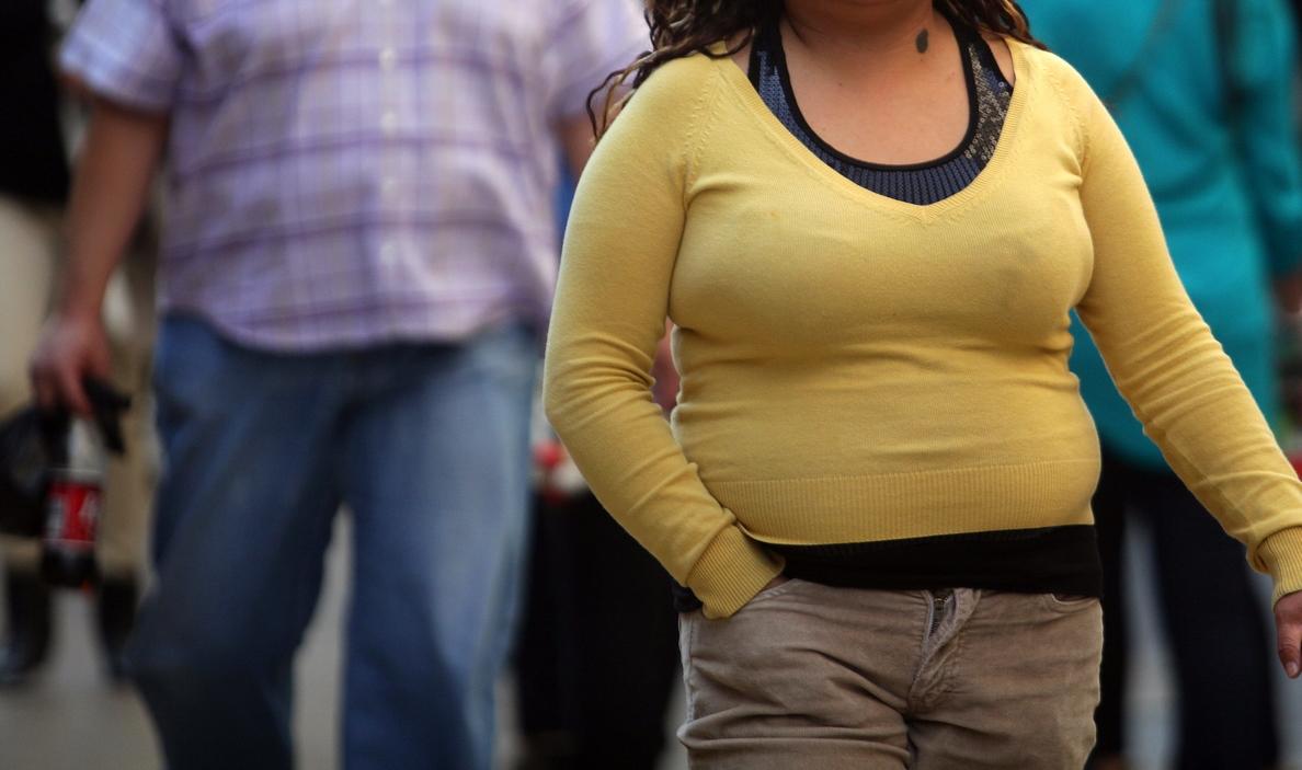 La mitad de los adultos españoles tiene hipertensión y tres de cada diez son obesos y sedentarios