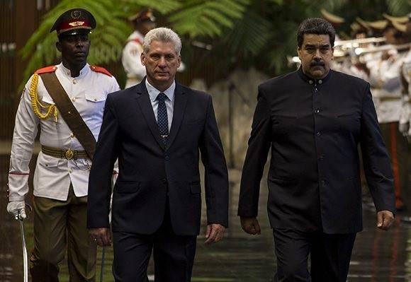 Díaz-Canel recibe a Maduro en su primer acto oficial como presidente cubano
