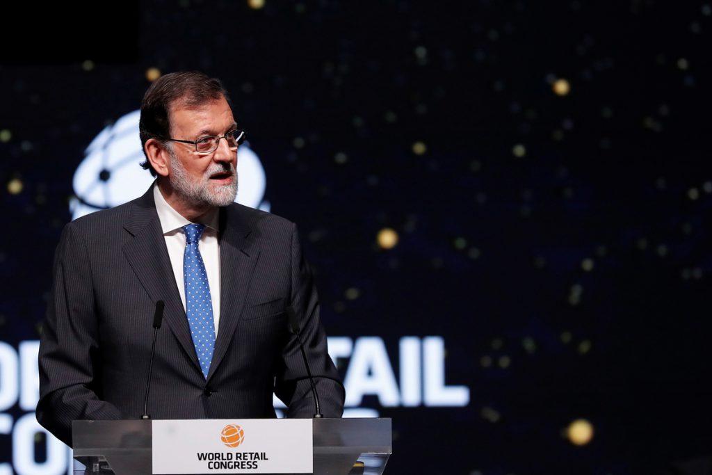 Rajoy sugiere que habrá bonificación del 75 % para vuelos a Baleares y Canarias