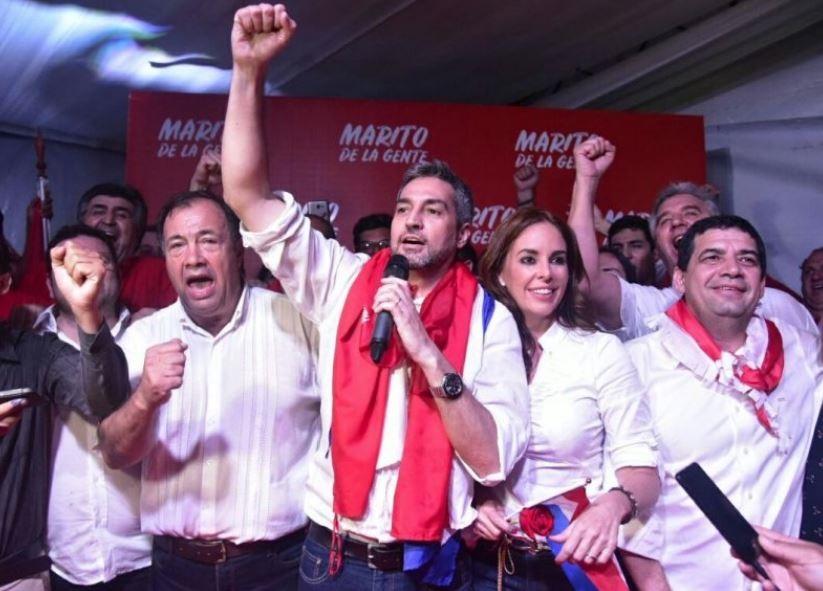 El conservador Abdo encabeza el recuento en las elecciones presidenciales de Paraguay