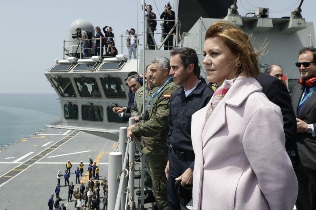 Cospedal destaca la «experiencia y solvencia» de España para que Rota acoja el mando de la Operación Atalanta