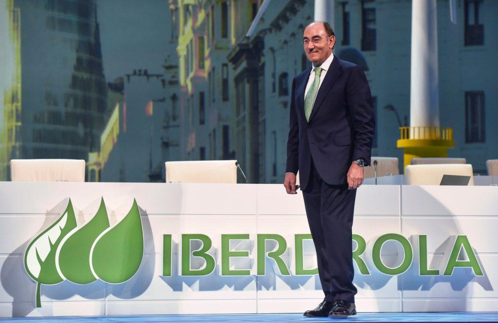 Iberdrola gana 838 millones hasta marzo y augura un beneficio de 3.000 este año