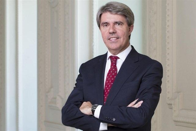 Ángel Garrido, el sucesor natural de Cifuentes tras años formando tándem en el partido y Gobierno