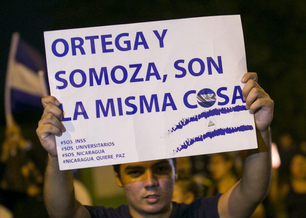 Estudiantes de Nicaragua exigen destitución y juicio para mandos policiales