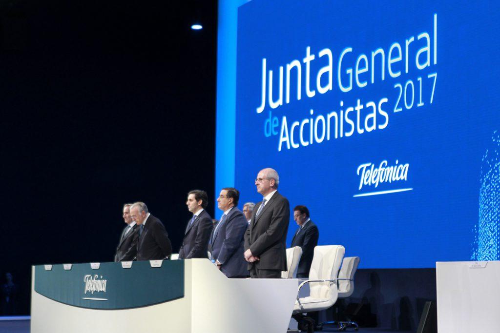 Telefónica plantea un plan de incentivos para directivos de hasta 250 millones de euros