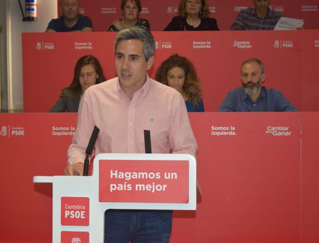 Zuloaga (PSOE) defiende las primarias convocadas en Cantabria y sus plazos y dice que no tiene decidido si se presentará