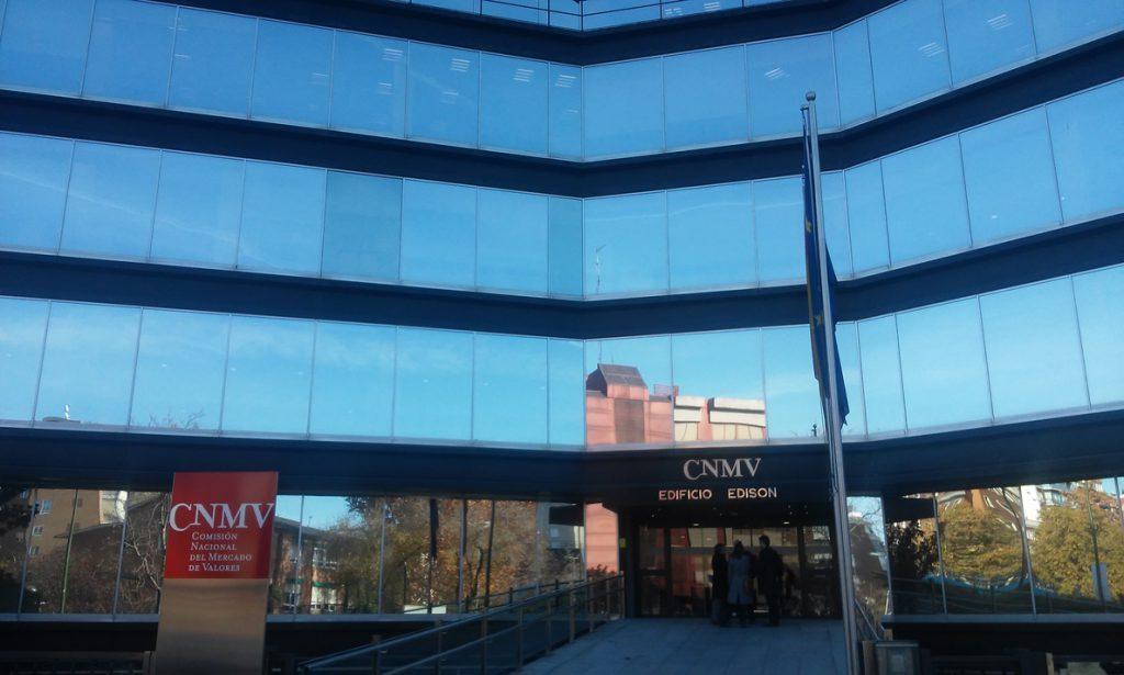 La CNMV ha recibido un centenar de 'chivatazos' de interés desde que abrió en enero su buzón