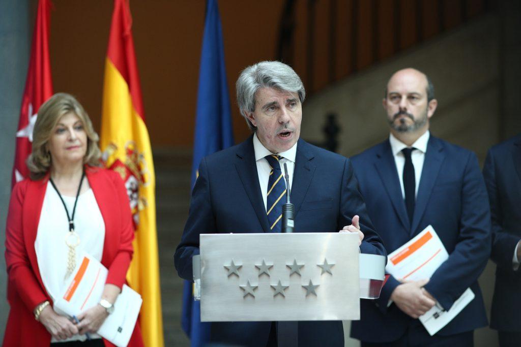 Garrido se reúne mañana con el Grupo del PP en la Asamblea para transmitirles un mensaje de tranquilidad