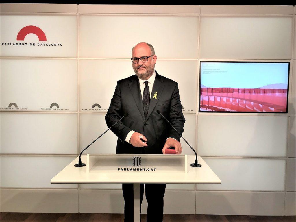 JxCat carga contra el Consell de Garanties y no renuncia a investir a Puigdemont