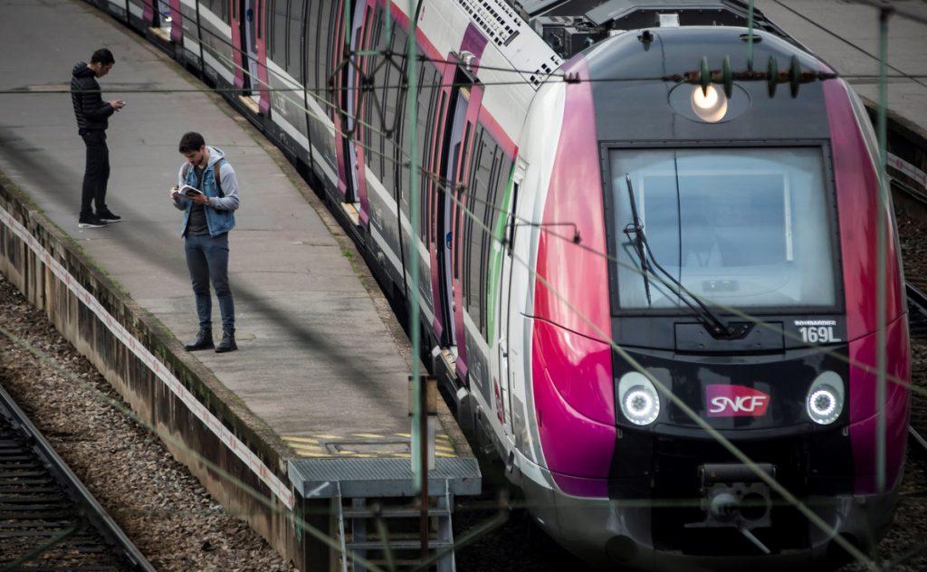 Mejora la previsión de tráfico ferroviario en Francia en el undécimo día de huelga