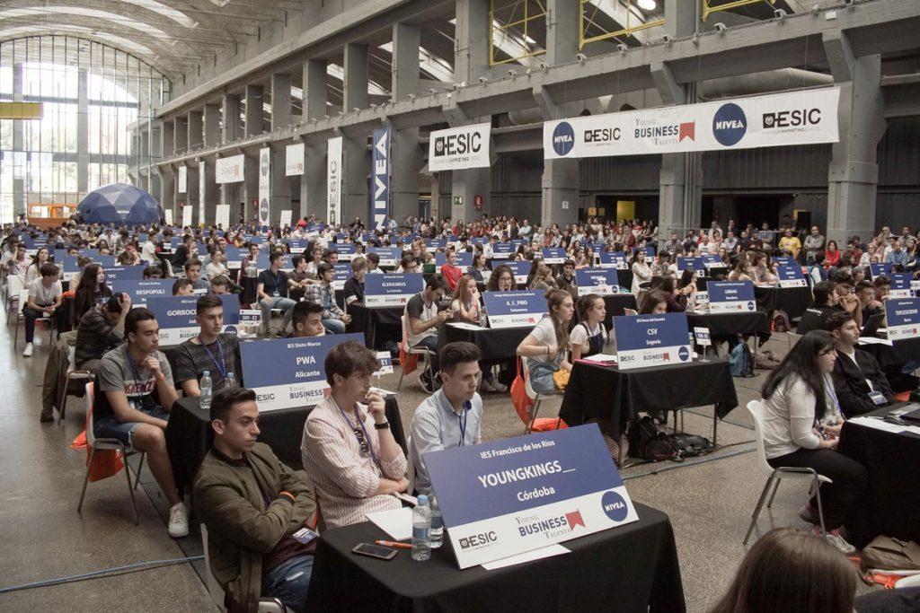 Alumnos de un instituto de Pontevedra, elegidos 'Mejores Empresarios Vituales de España' en el Young Business Talents