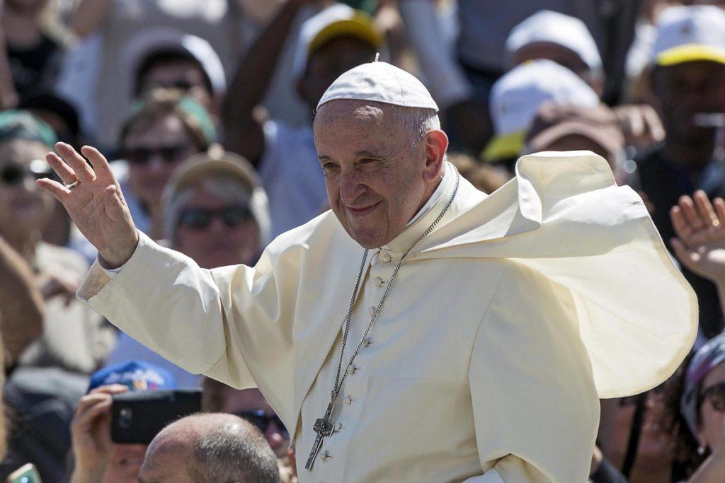 Víctimas esperan que charla con el Papa contribuya a acabar con los abusos