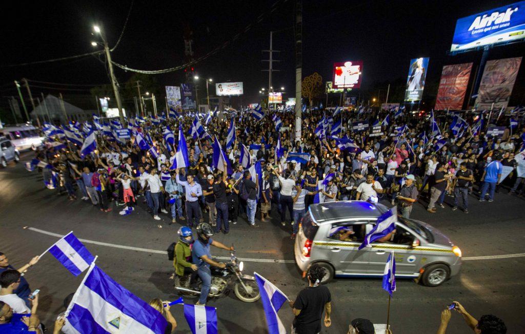 Campesinos de Nicaragua viajan a Managua al grito de «¡Que se vaya Daniel!»