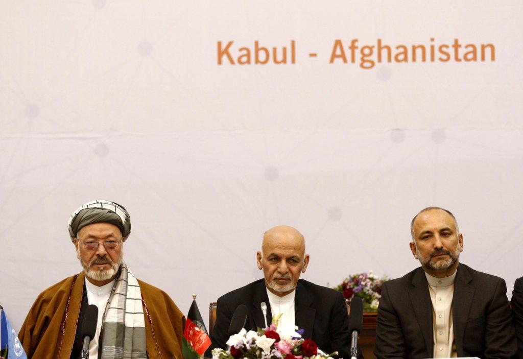 Gani llama a los talibanes a la paz a pesar del rechazo de los insurgentes