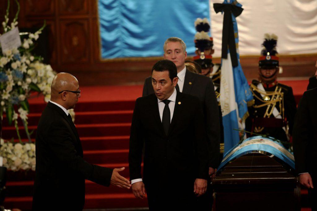 Jimmy Morales recuerda al «amigo caminante» Arzú, que dejó «mucha huella»