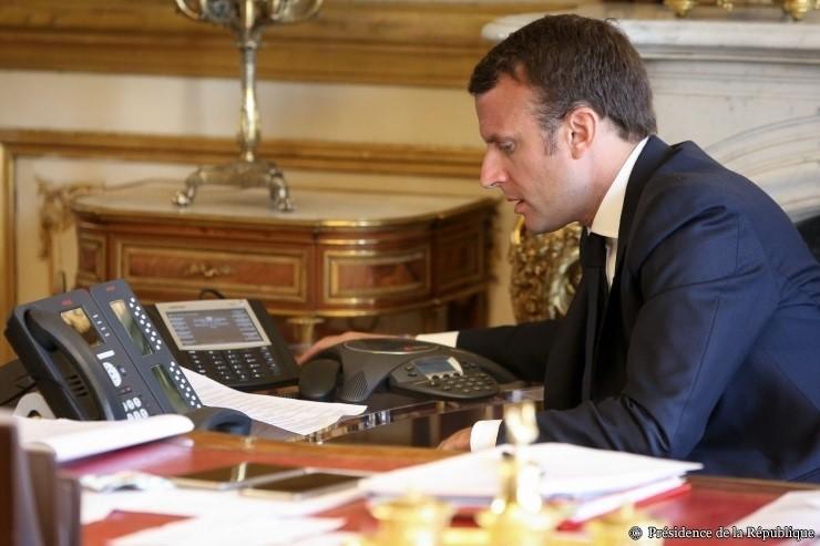 Francia e Irán acuerdan colaborar a nivel ministerial para preservar el acuerdo nuclear