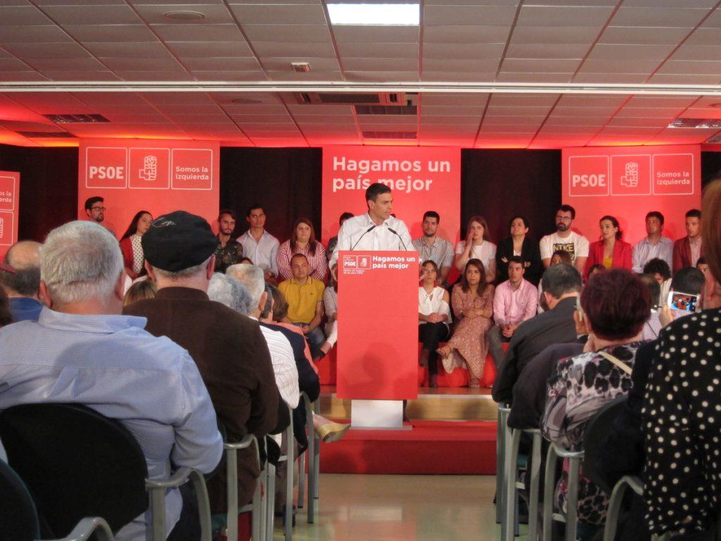 Sánchez pide a Rivera la abstención para que Gabilondo sea el presidente «digno y decente que necesita Madrid»