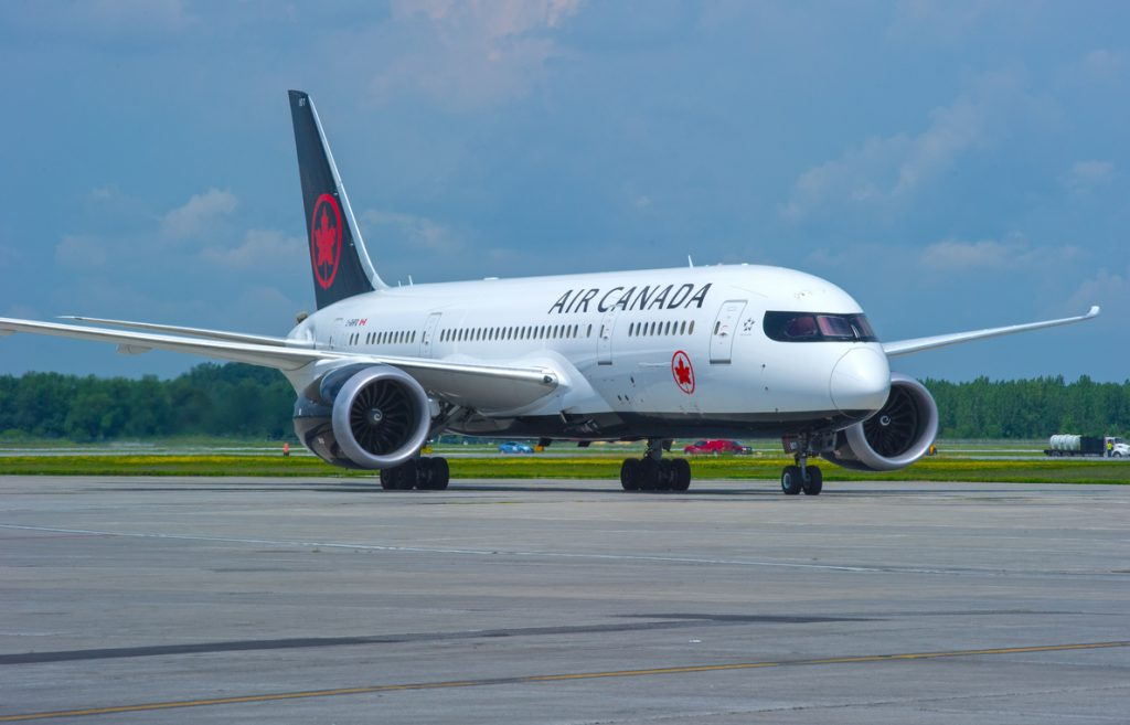 Air Canada pierde más de 109 millones en el primer trimestre, 12 veces más, por el alza del petróleo