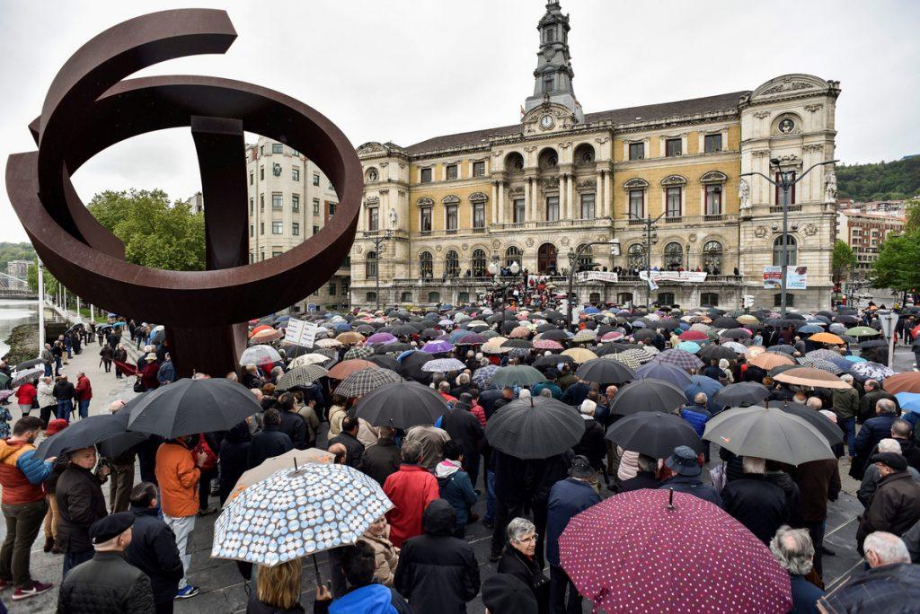 Bruselas pide a España mejorar la conciliación para reducir la brecha de género de las pensiones