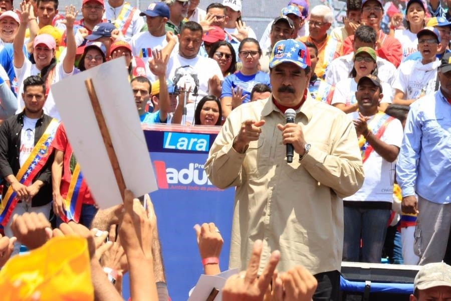 Nicolás Maduro duplica el salario de los trabajadores venezolanos