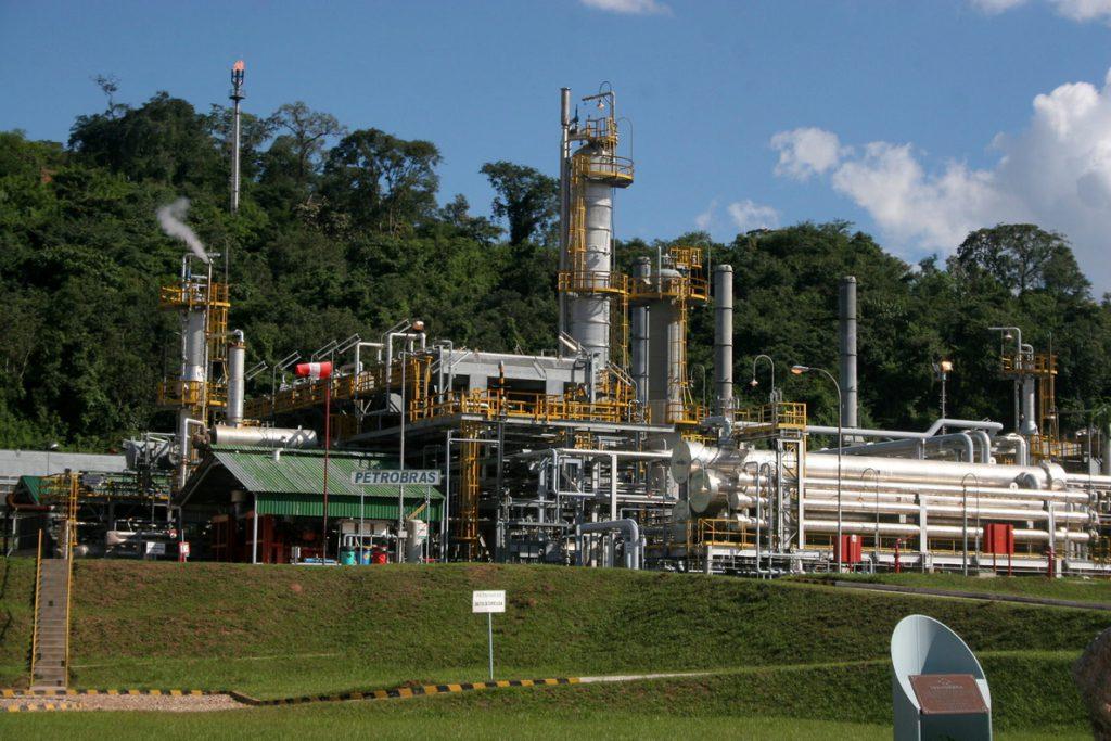 El petróleo de Texas abre con un descenso del 0,99 % hasta 67,89 dólares