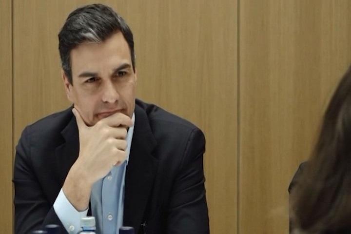 Pedro Sánchez pide a Rivera que aclare «si ha fichado o no» a Valls