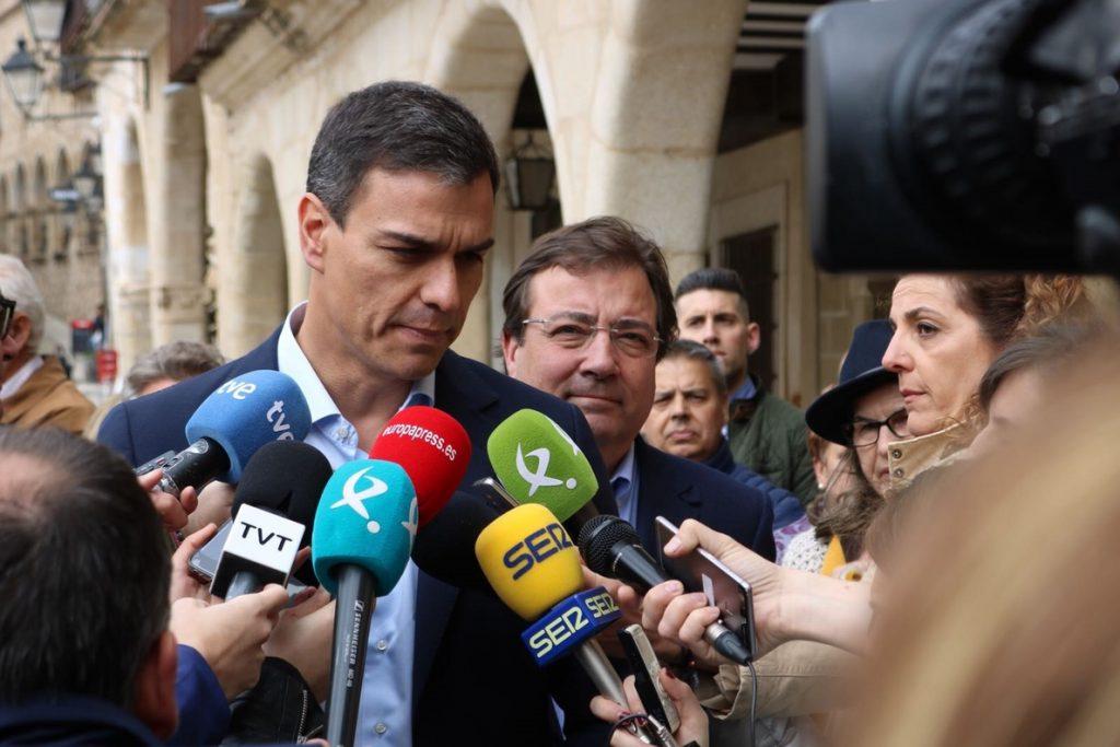 Sánchez (PSOE) quiere una nueva reforma laboral que garantice derechos y sueldos «dignos»