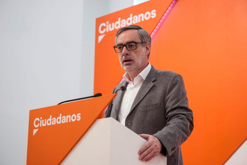 Villegas ve el fallo de La Manada difícilmente asumible, «más quienes tenemos hijas»