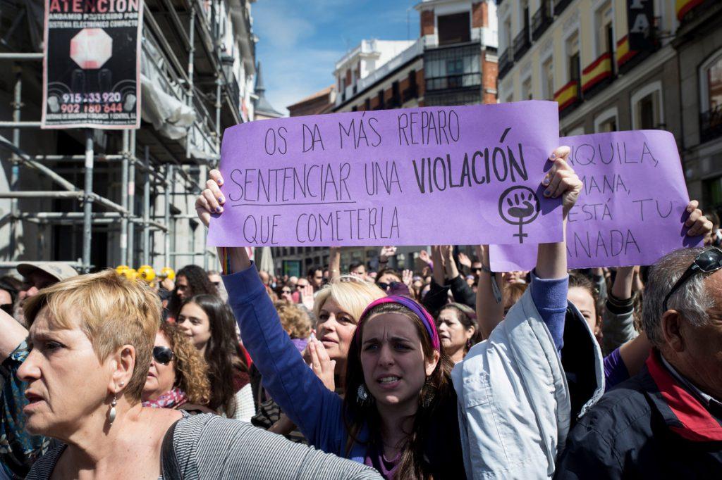 Carta de 2.000 psicólogos ante La Manada: el bloqueo es normal ante el pánico