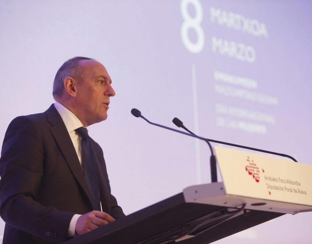 Ramiro González defiende a «todas las víctimas» y denuncia que se puedan «dar por buenas» ciertas formas de terrorismo