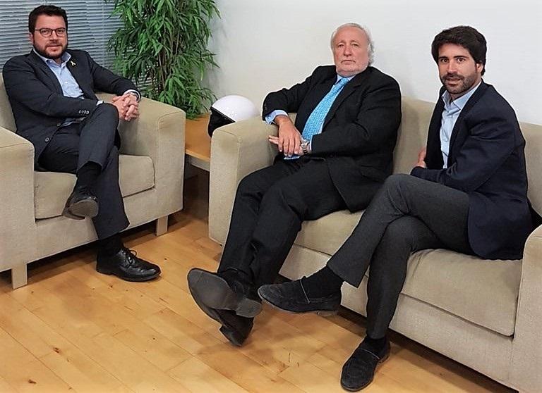 Teixidó (Lliures) se reúne con Aragonès (ERC) para analizar la situación política en Catalunya