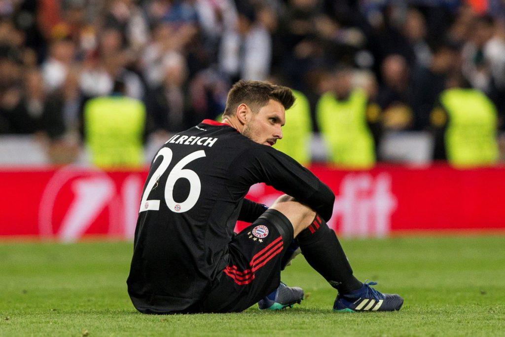 El portero del Bayern pide perdón por el error que acabó en gol