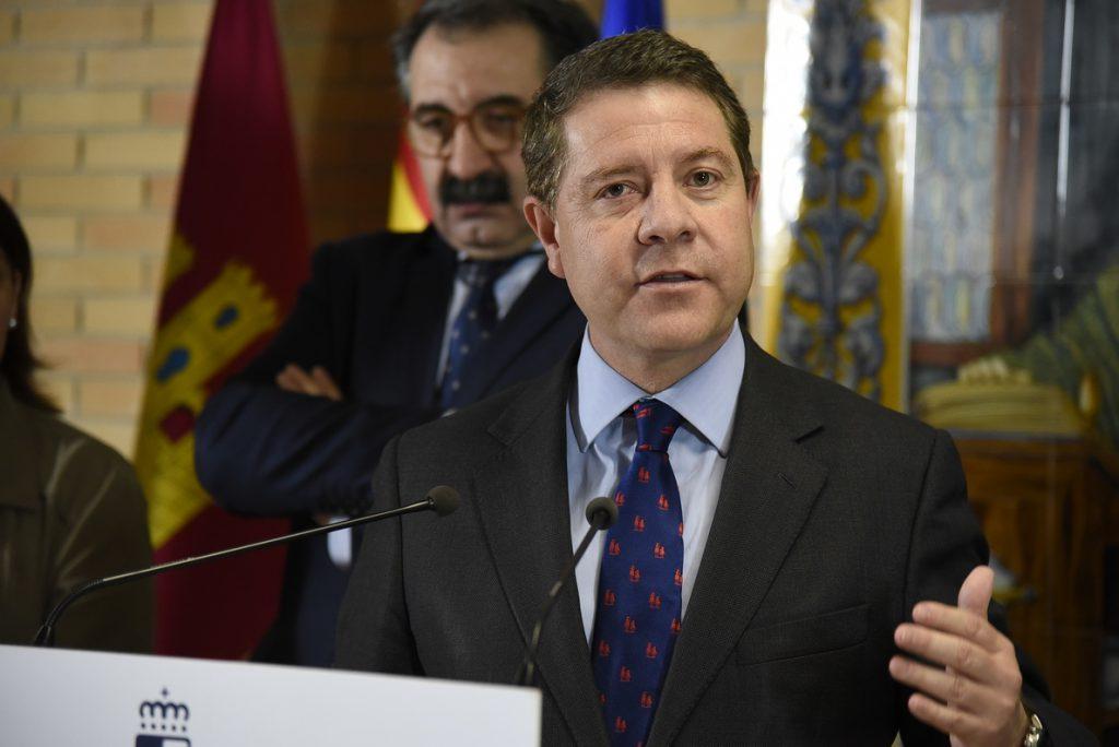 García-Page celebra el fin de ETA «como un éxito de la sociedad y las instituciones democráticas»