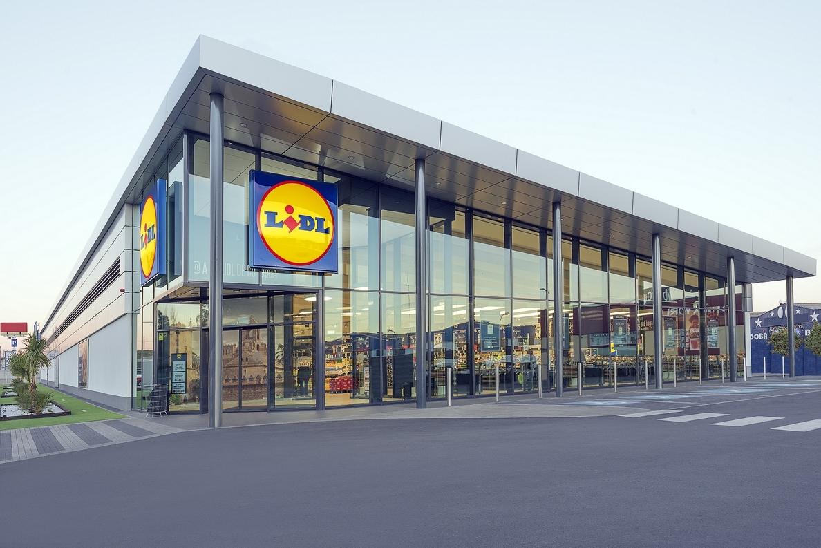 Lidl invierte 14 millones en cuatro nuevos supermercados en España, que crean 100 empleos
