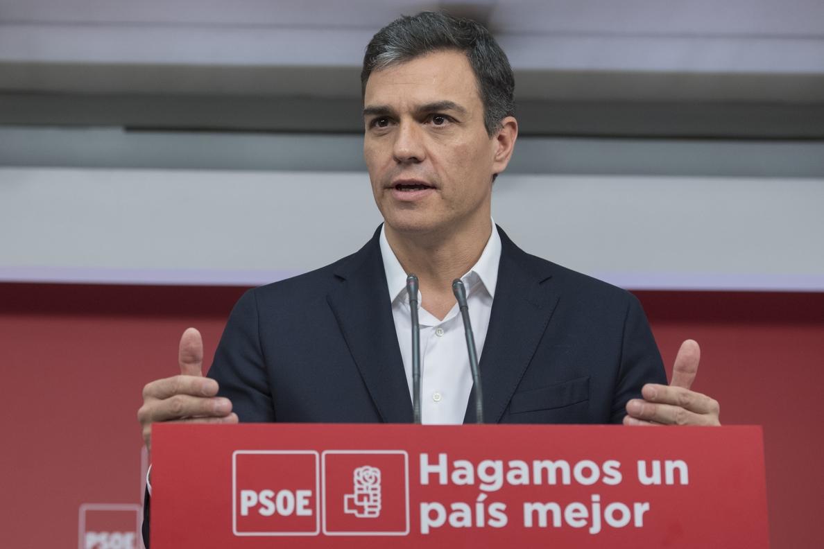 Pedro Sánchez ve «muy extraño» que Casado aprobara la mitad de Derecho en un curso académico: «Tendrá que explicarse»