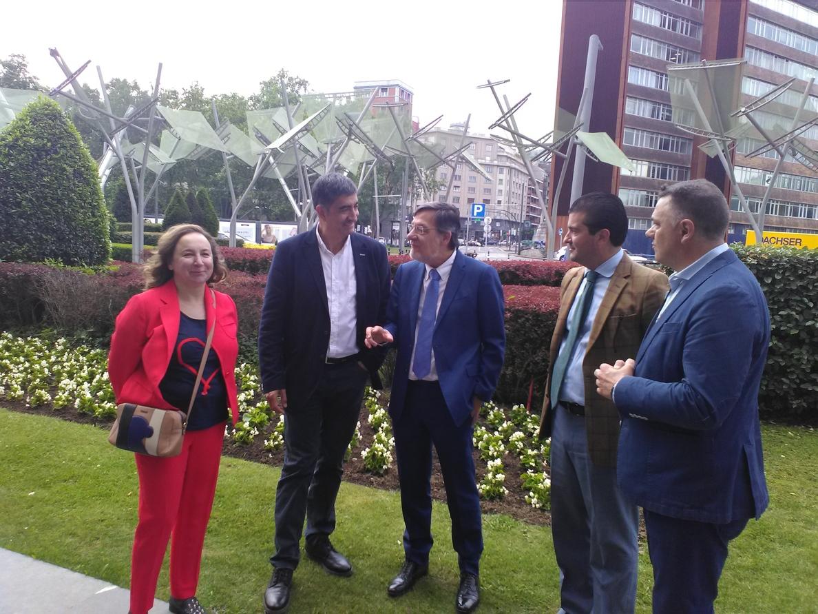 El presidente del TSJPV cree que la Justicia memorial «es compatible» con la reinserción de presos de ETA