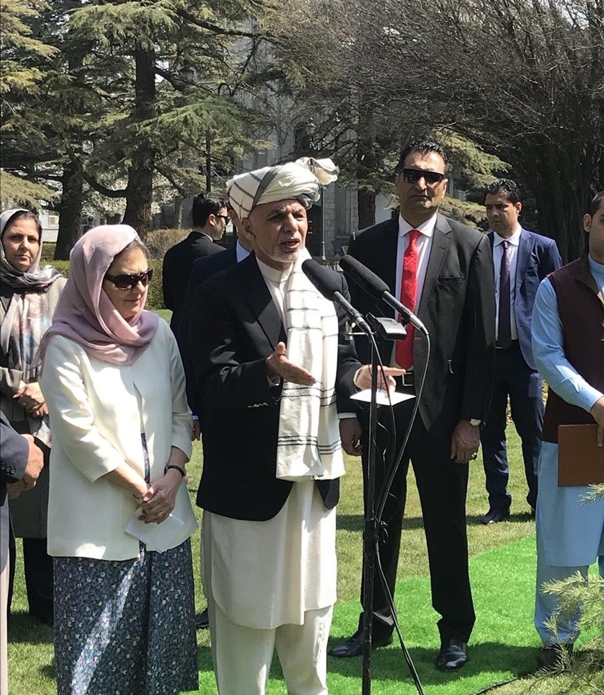 El presidente afgano pide a los talibán que no atenten durante el Ramadán