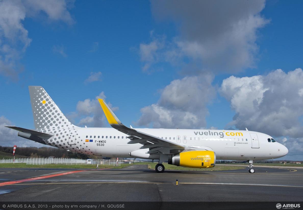 Las »low cost» transportan a 12,8 millones de pasajeros en el primer cuatrimestre, un 10,6% más