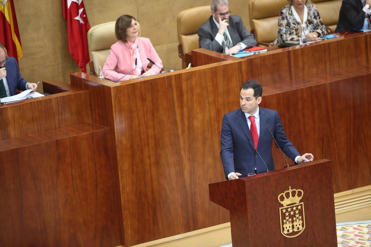 Aguado reprocha a Garrido que va a dirigir la región por «un escándalo» que deterioró la imagen de la Presidencia