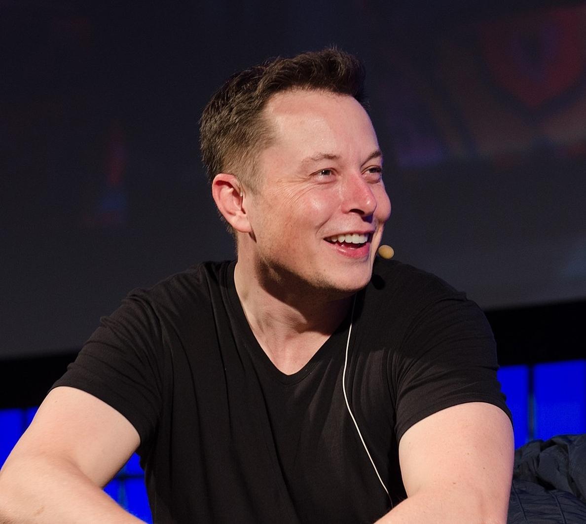 Elon Musk asegura que los viajes en Hyperloop costarán 1 dólar