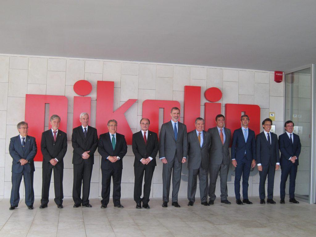 Felipe VI inaugura las nuevas instalaciones de Pikolin, el mayor y más moderno complejo industrial del sector en Europa