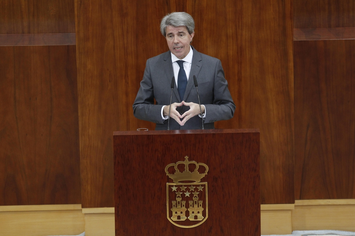 Garrido defiende que no está inhabilitado por haber trabajado con Cifuentes y dice que Gabilondo lo hizo con Zapatero